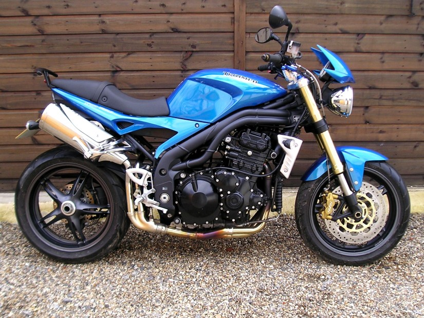 sold triumph speed triple 1050 2 owners 4700 miles sports rh sargentsofsussex co uk 2010 Triumph Speed Triple 2006 Triumph Speed Triple Windshield