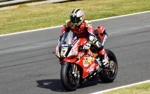British Superbike Championship leader Shane Byrne enters Clearways on his PBM Be Wiser Ducati 1199R Panigale