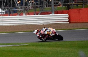 Sam Lowes approaches Woodcote during Friday's Moto 2 FP2
