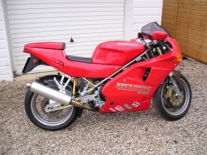 1994 Ducati 888 Strada is from the very end of the 851/888 model line